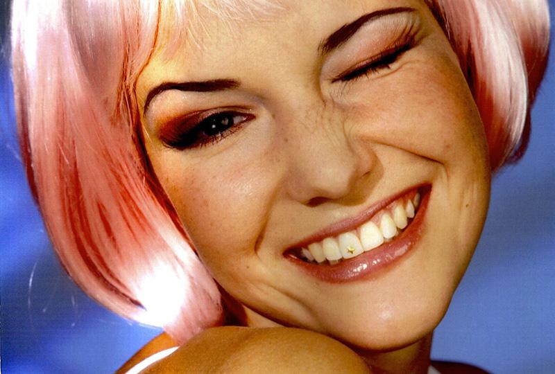 Zahndiamanten werden aufgeklebt und können problemlos wieder entfernt werden